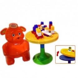 Mesa y sillas contructores